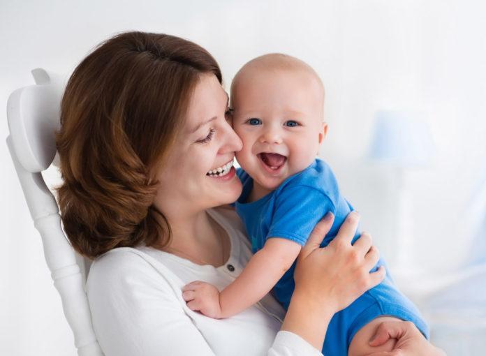 Tipps zum Abstillen: Mein Baby will nach Brei noch Brust