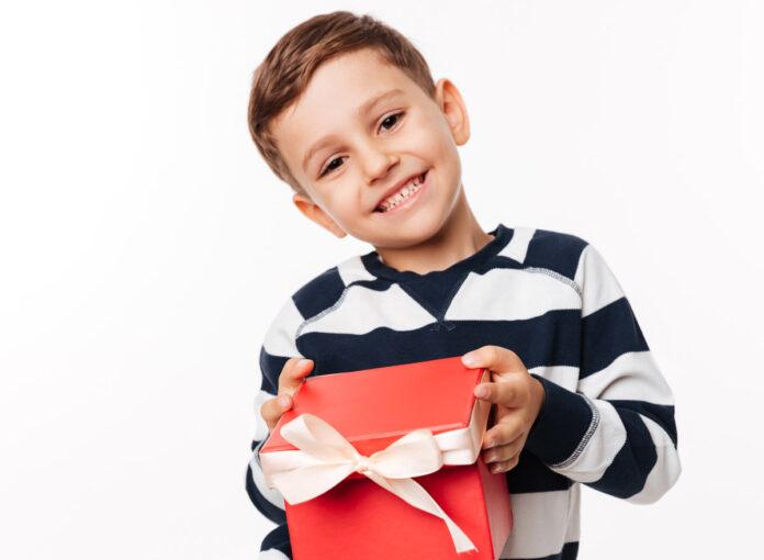 Welches Geschenk passt zum 6. Geburtstag