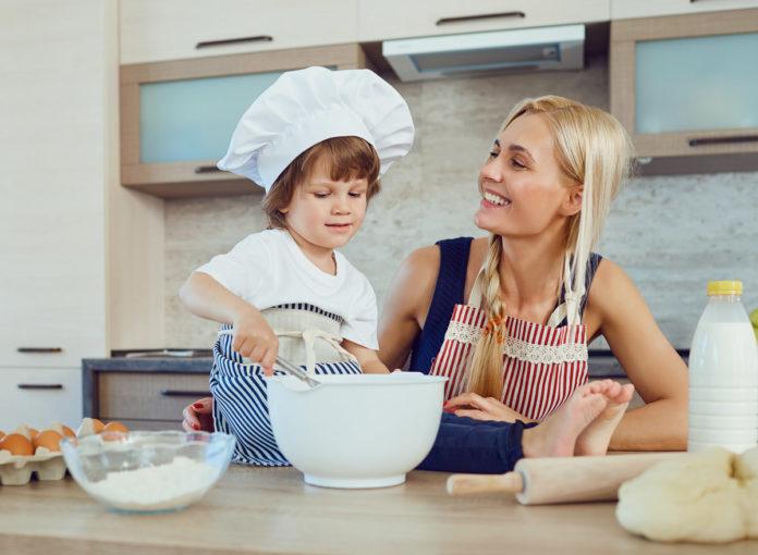 Waffeln backen mit Kind: Ein einfaches Rezept