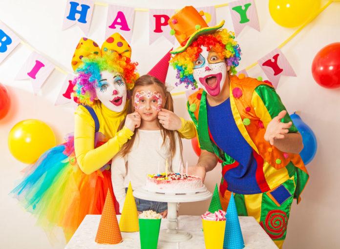 Ein Clown beim Kindergeburtstag ist ein toller Stargast