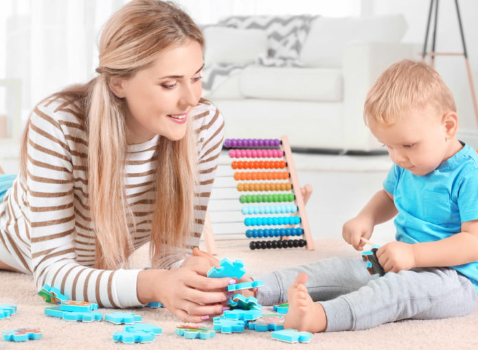 Mit Kind ist man viel auf dem Boden