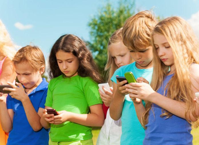 Ab wann sollten Kinder ein Smartphone nutzen dürfen?