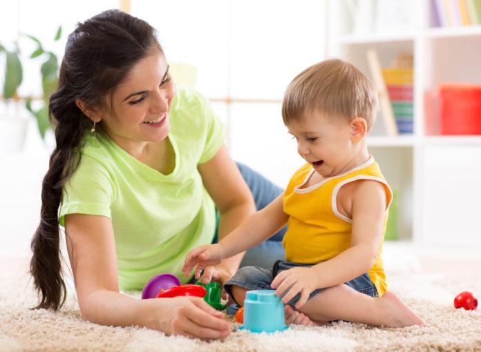Flexible Betreuung bekommen Kinder bei einer Tagesmutter