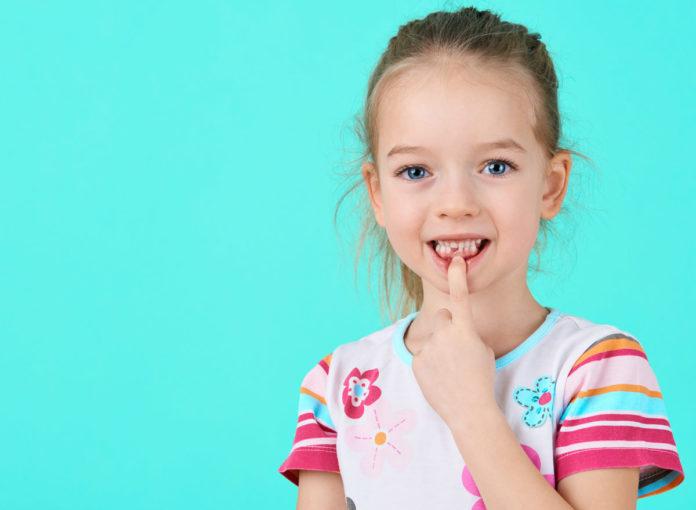 Zahnunfall Kind was tun erste Hilfe