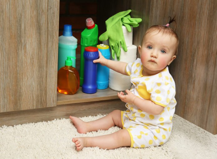 Vergiftung bei Babys und Kindern