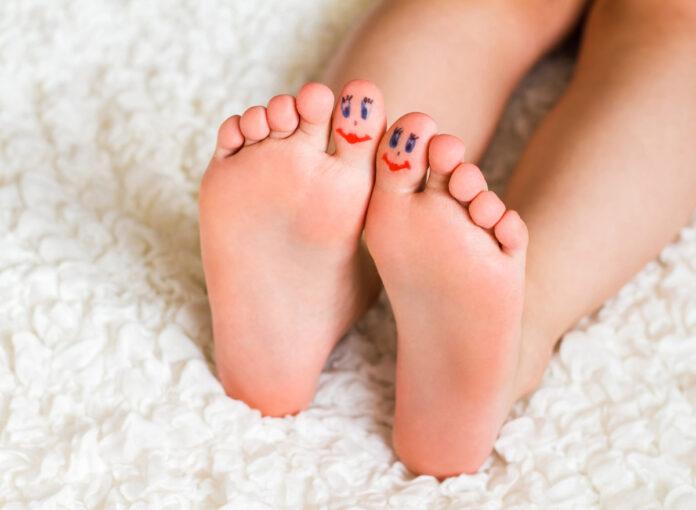 Was tun bei Nagelpilz bei Kindern?